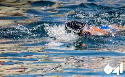 Κολύμπι μετ' εμποδίων_120