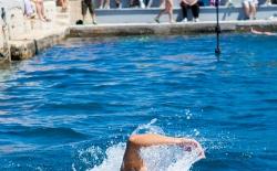 Κολύμπι μετ' εμποδίων_133