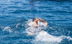 Κολύμπι μετ' εμποδίων_135